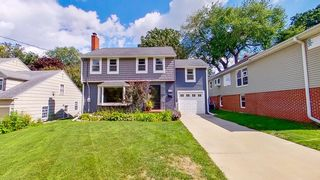 428 16th Ave SW, Rochester, MN 55902