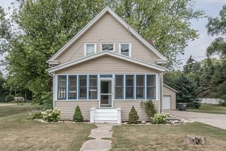 2884 North St, East Troy, WI 53120