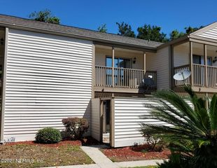 2300 Twelve Oaks Dr #B6, Orange Park, FL 32065