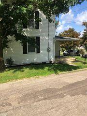 7551 Kallerer St SW, Navarre, OH 44662
