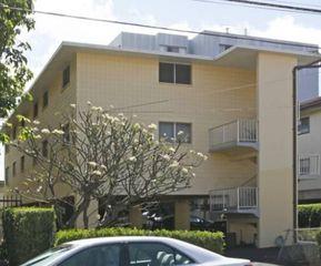 813 Coolidge St, Honolulu, HI 96826