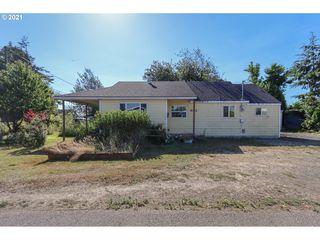 910 Madrona Ave, Tillamook, OR 97141