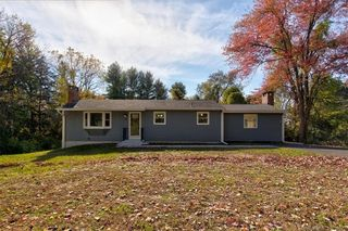 90 Nooks Hill Rd, Cromwell, CT 06416