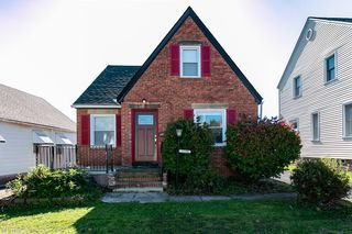 13200 Grannis Rd, Garfield Heights, OH 44125