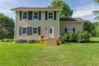 8883 Route, Bloomfield, NY 14469