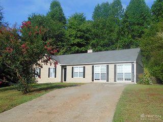 207 Regency Ln, Woodstock, GA 30188