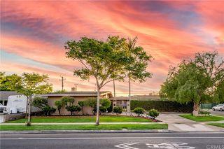 12431 Foster Rd, Los Alamitos, CA 90720