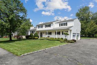 39 Woodland Rd, Caldwell, NJ 07006