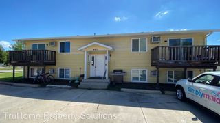 4811 7th Ave N, Grand Forks, ND 58203