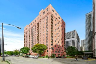 345 N Canal St #1306, Chicago, IL 60606