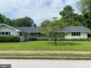 1730 Deerfield Rd, Norristown, PA 19403