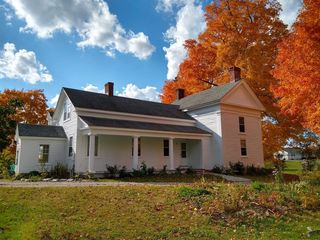 5056 State Route 7, Hoosick Falls, NY 12090