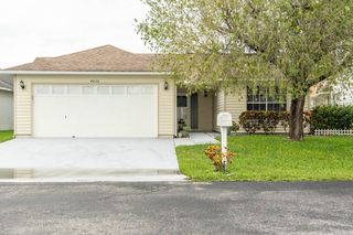 4036 37th Street Ct W, Bradenton, FL 34205