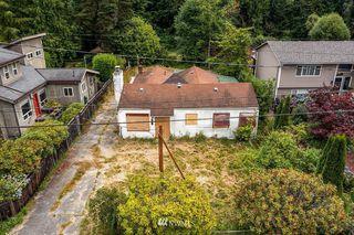 19054 18th Ave NE, Seattle, WA 98155