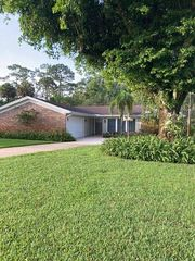 6890 Lakeside Rd, West Palm Beach, FL 33411