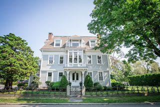 425 Elm St #6, Dartmouth, MA 02748