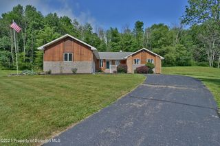 184 Silver Mark Dr, Factoryville, PA 18419