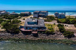 348 Salishan Dr, Gleneden Beach, OR 97388