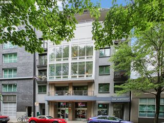 327 NW Park Ave #W, Portland, OR 97209