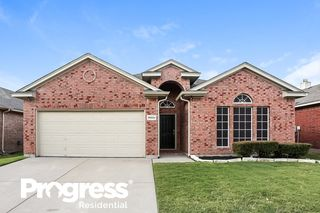 10629 Fossil Hill Dr, Fort Worth, TX 76131