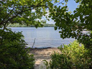 111 Lakeside Ln, Lake Pleasant, NY 12108