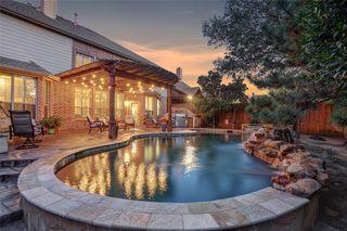 251 Barkley Dr, Lake Dallas, TX 75065