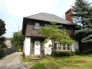3029 Chadbourne Rd, Shaker Heights, OH 44120