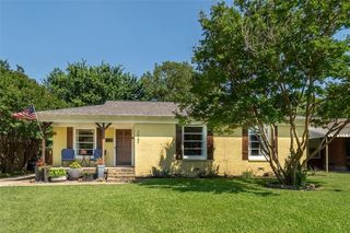 2937 Ryan Place Dr, Fort Worth, TX 76110