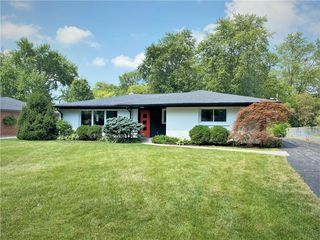 8740 N Pennsylvania St, Indianapolis, IN 46240
