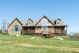 320 W Honaker Rd, Stamping Ground, KY 40379