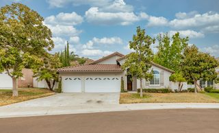3167 Willow Creek Pl, Escondido, CA 92027