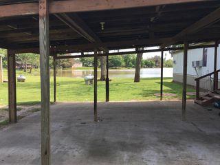 543 Creekside Dr, Holiday Lakes, TX 77515