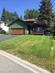8911 Winchester St, Anchorage, AK 99507