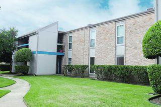 11726 W Bellfort Ave, Stafford, TX 77477