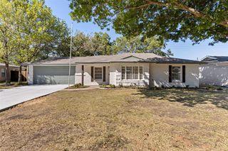 6829 Briley Dr, Fort Worth, TX 76180