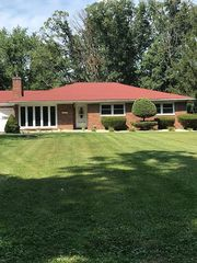 15712 87th Ave, Dyer, IN 46311