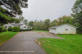 929 N Cedar Rd, Mason, MI 48854