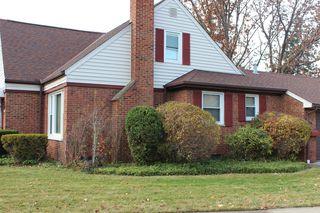 23211 Fernwood Dr, Beachwood, OH 44122