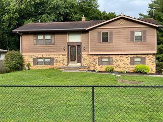 760 N Peterman Rd, Greenwood, IN 46142