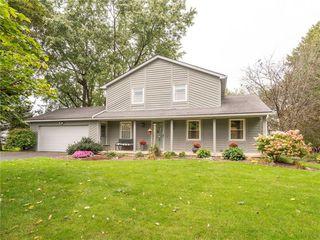 6162 Barkwood Ct, Farmington, NY 14425