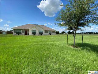 200 Stone Oak Dr, Inez, TX 77968