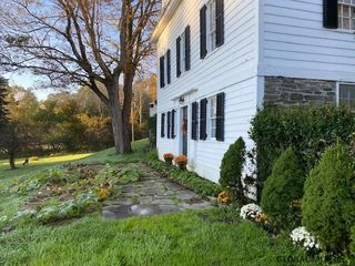 70 Smalley Rd, Berne, NY 12023