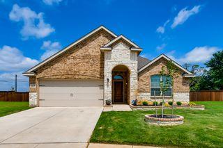 4629 Ashmark Rd, Aubrey, TX 76227