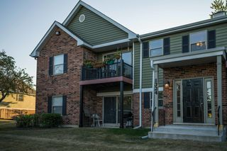 1324 McDowell Rd #203, Naperville, IL 60563