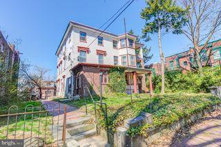 504 S 41st St #2F, Philadelphia, PA 19104