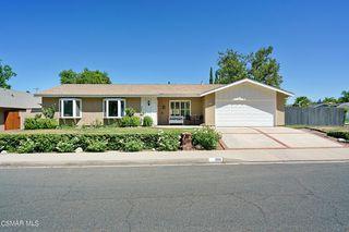 5525 Medea Valley Dr, Agoura Hills, CA 91301