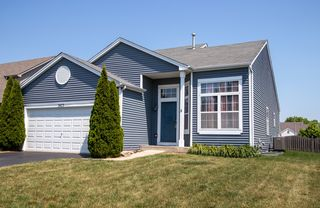 7423 Kenicott Ln, Plainfield, IL 60586