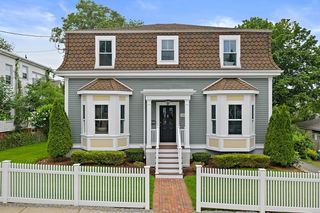 30 Conwell Ave, Somerville, MA 02144