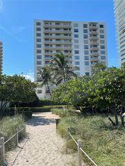 10185 Collins Ave #223, Miami Beach, FL 33154