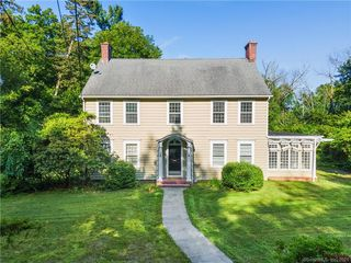 801 Forest Rd, New Haven, CT 06515